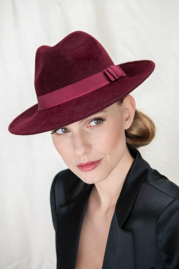 Classic Trilby hat in luxurious Peach Bloom Felt