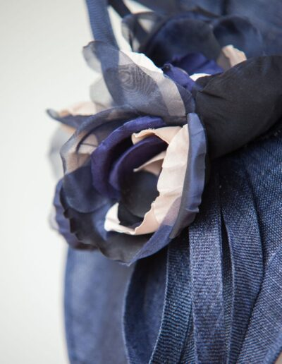 MIDNIGHT SWEEPING FLOWERS HAT2