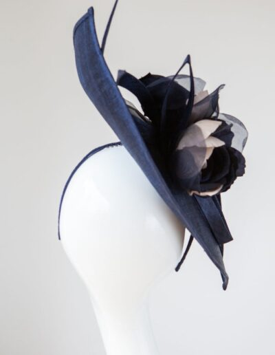 MIDNIGHT SWEEPING FLOWERS HAT 1