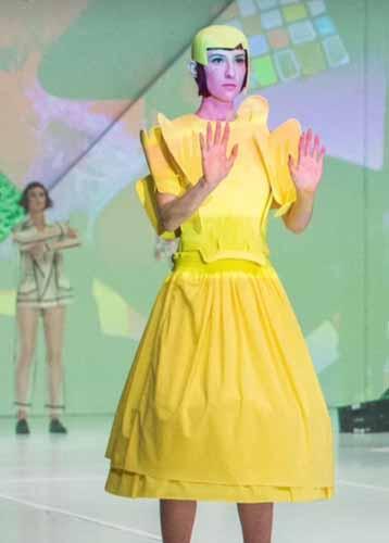 vidal_sassoon_yellow_hat
